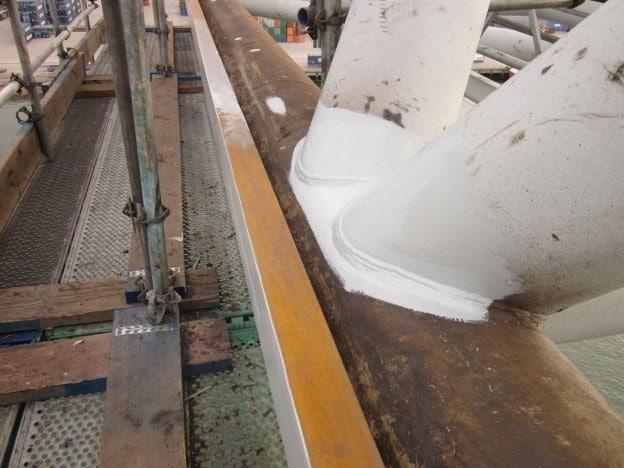 Reparatie katrails Nelcon-containerkraan