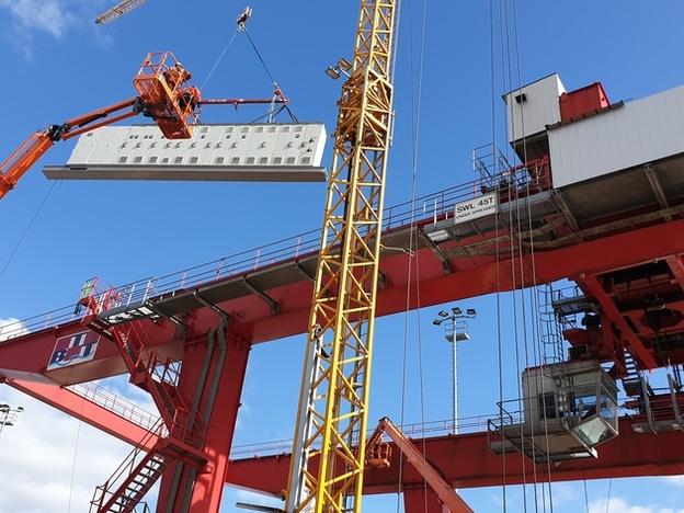 Modernization Container Crane Barge Terminal Tilburg (GVT)