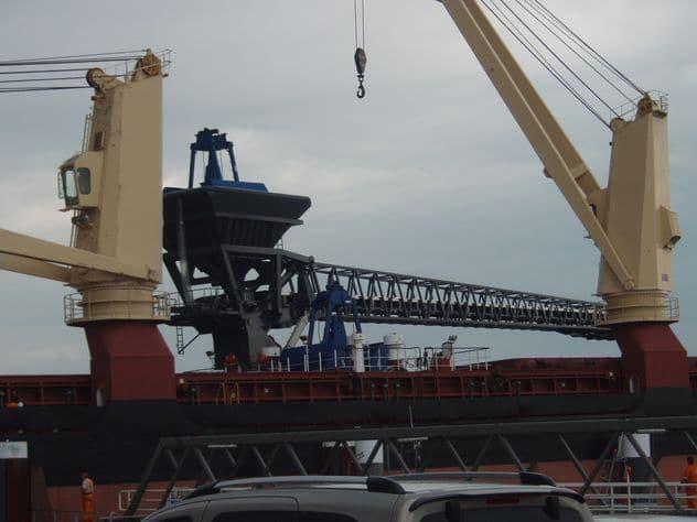 conveyorbelt-dredger
